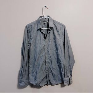 FITTED EXPRESS button up